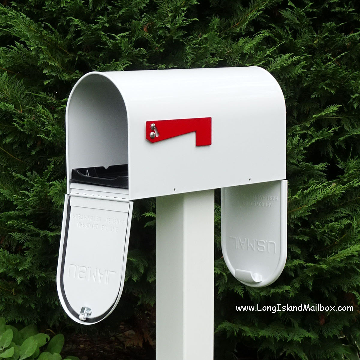 Post: Two Door Post Mount Newport Mailbox